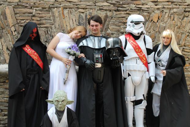 Традиционные признания в любви и клятвы верности тоже были, говорит невеста